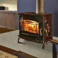 Quadrafire Yosemite with Porcelain Mahogany Finish
